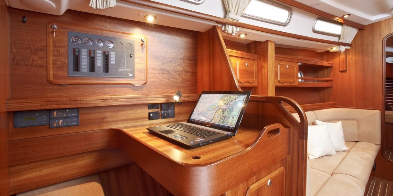 C yacht 1250i mittelcockpit yacht c yacht for Interieur yacht