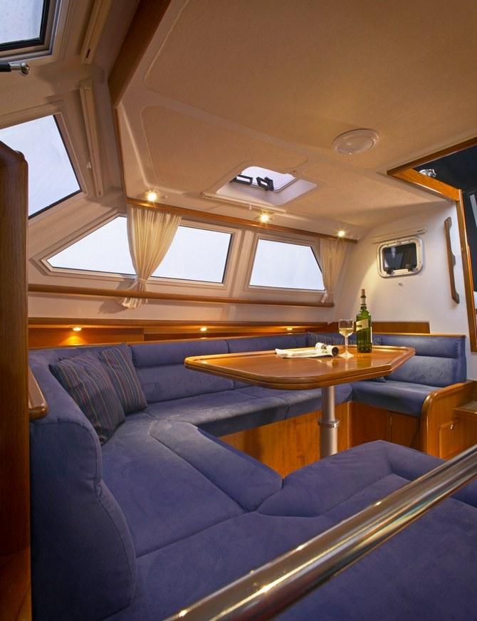 C-Yacht 1130DS | Deck Salon Yacht | Dutch quality