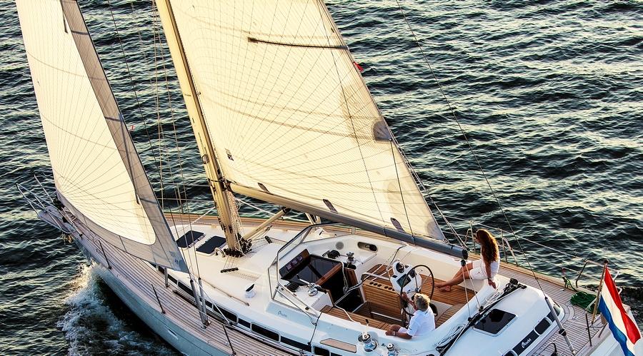 TapeDrive_C-Yacht_1250i