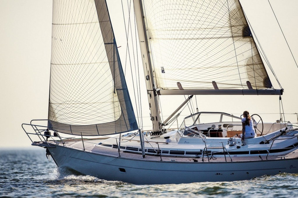 C-Yacht 1250i sailing_00019