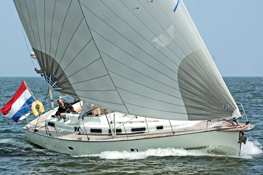 Yachttest-C-Yacht1250i
