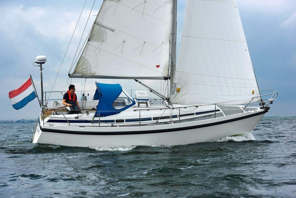 compromis-888-yacht-test